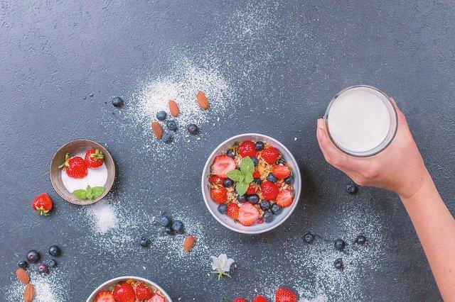 アーモンドミルクがダイエットに効果的な理由