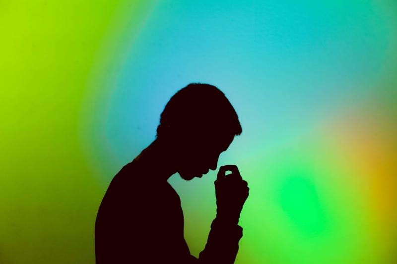 ストレスの経験と回復力を調査