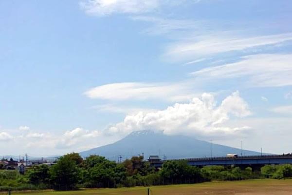 2020年6月18日の岩木山の写真