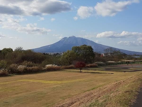2020年11月12日の岩木山の写真