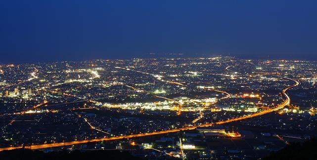 静岡の東名高速夜景スポットの写真