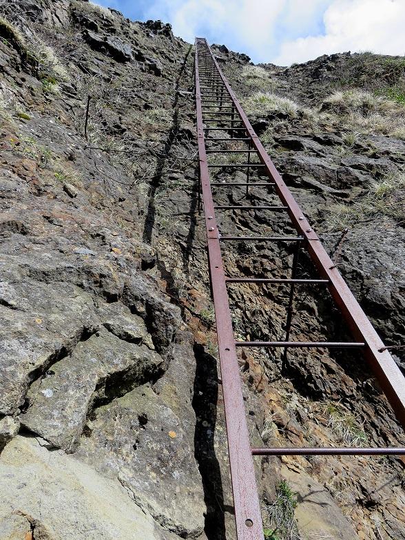 八ヶ岳のキレット梯子