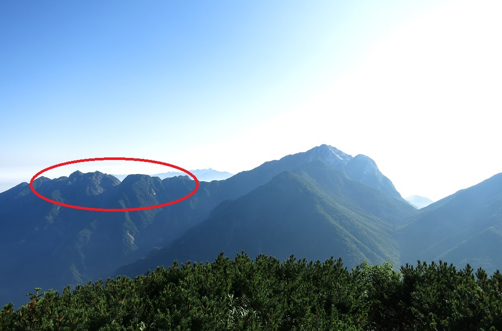 峰甲斐駒ヶ岳と鋸岳