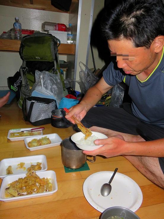避難小屋泊の料理