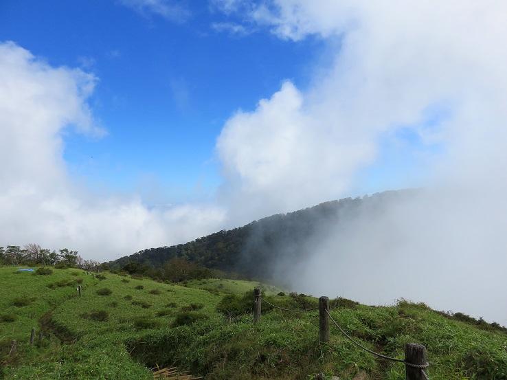 蛭ヶ岳ピストン登山雲海が間近