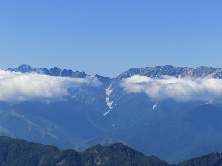 白馬岳の大雪渓