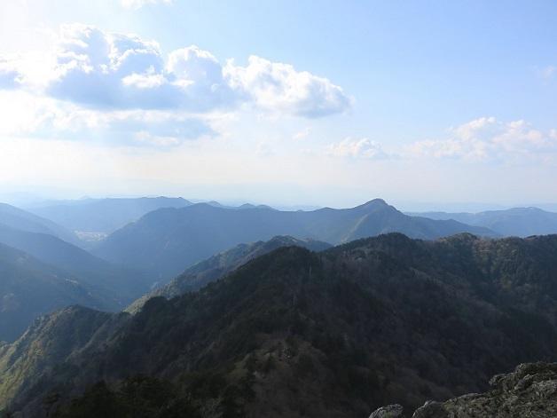 大峯奥駆道から大天井ヶ岳方面の景色