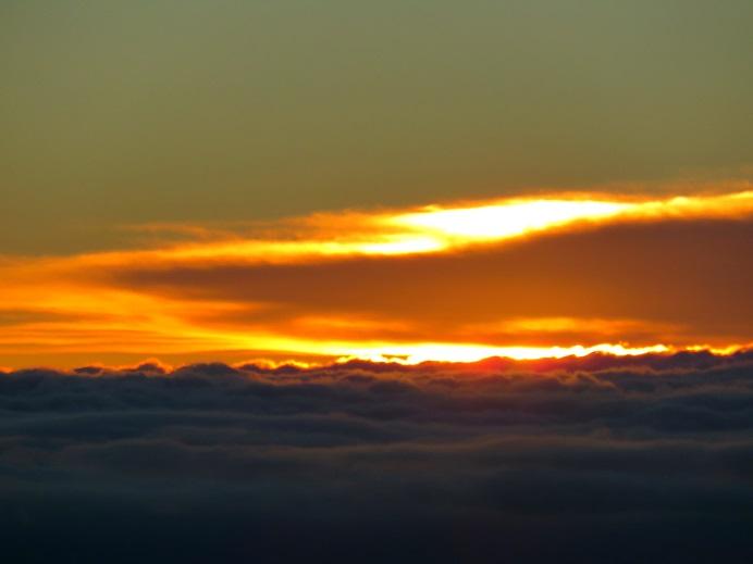 雲取山からご来光の様子