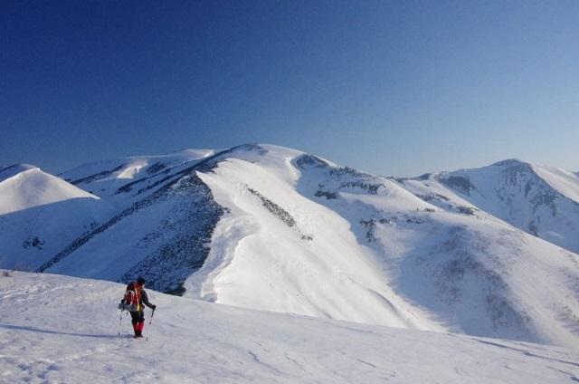 冬山と大荷物