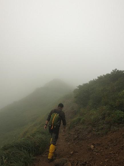 飯豊連峰最高峰の大日岳へ