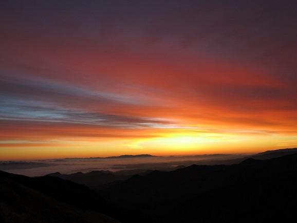 門内岳方面朝焼け
