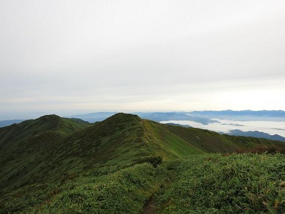 極上な飯豊の稜線歩き