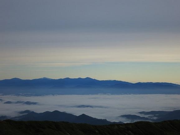 朝日連峰遠望の景色