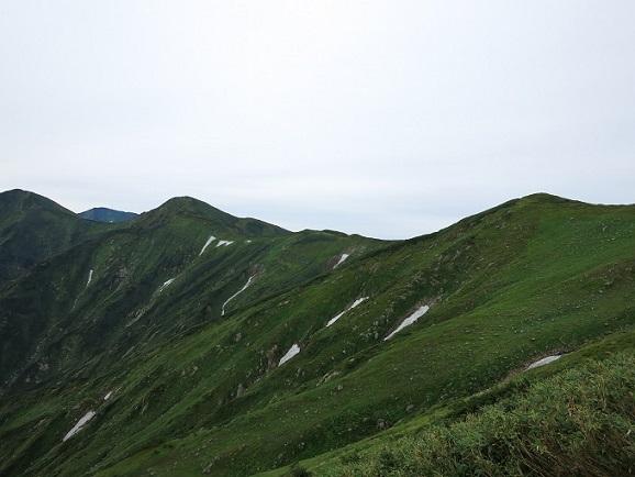 梶川峰から胎内山