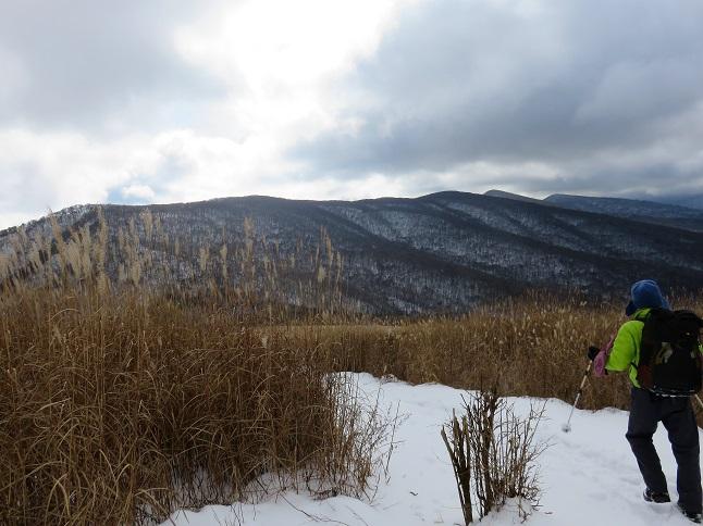 三国山雪が積もってます