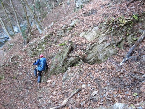 滑落注意登山道