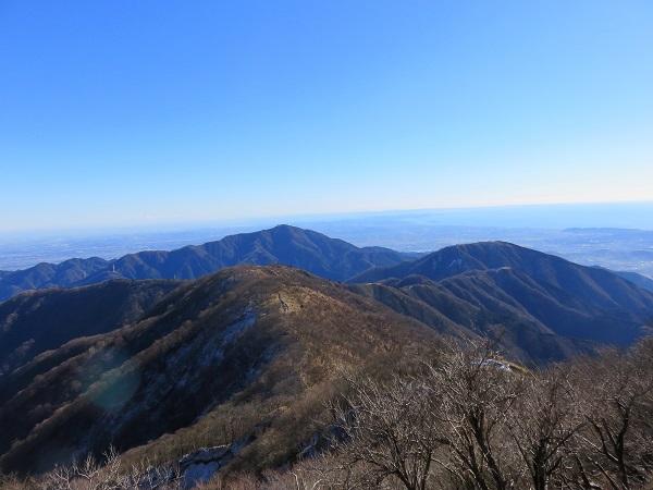 丹沢表尾根から大山、三の塔