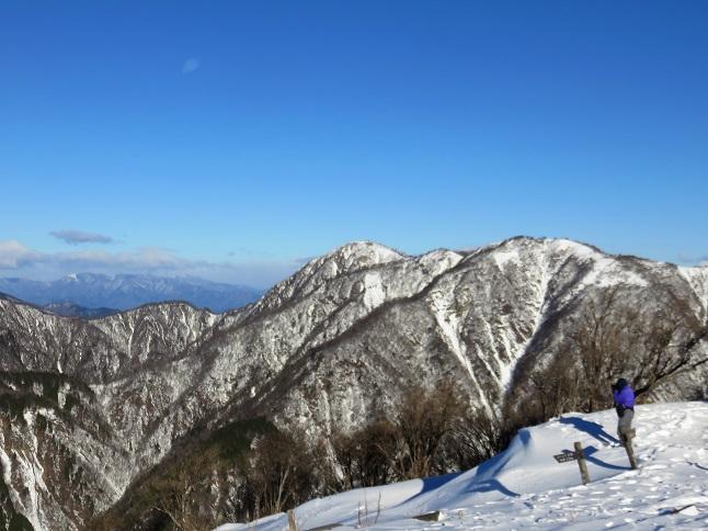 蛭ヶ岳方面真っ白で綺麗な景色