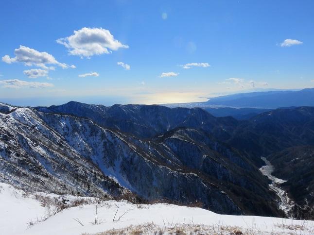 蛭ヶ岳から伊豆半島まで見えた