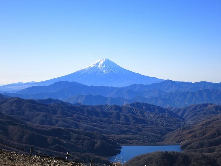 大菩薩嶺から富士山の景色