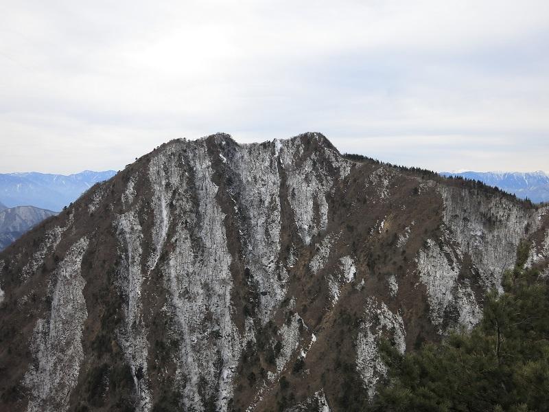 鬼ヶ岳方面