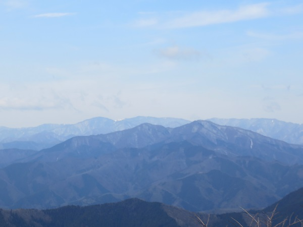 奥多摩三山の三頭山