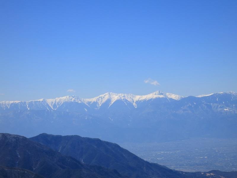 本社ヶ丸から清八山登山中の北岳・間ノ岳・農鳥岳景色