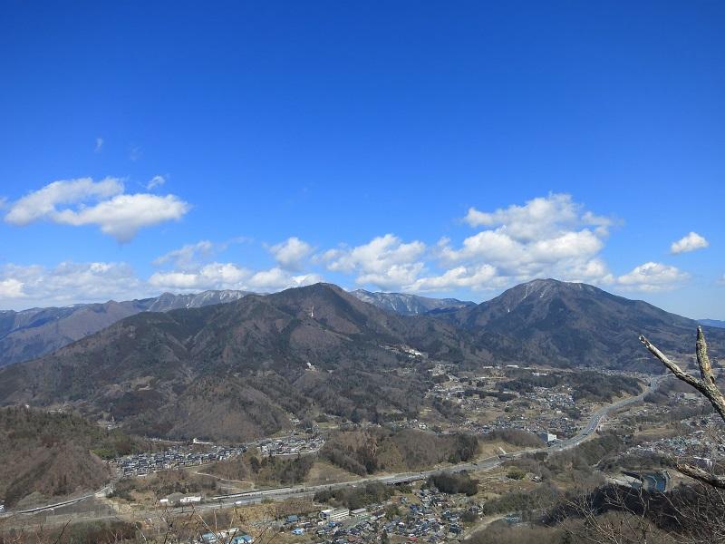 九鬼山からの扇山百蔵山