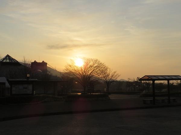 花立山荘日の出