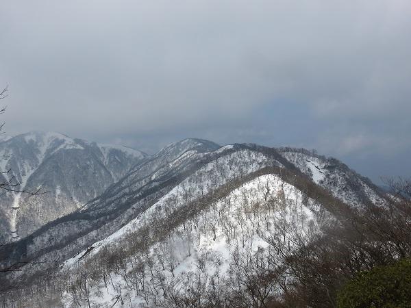 蛭ヶ岳まで行けれず残念景色