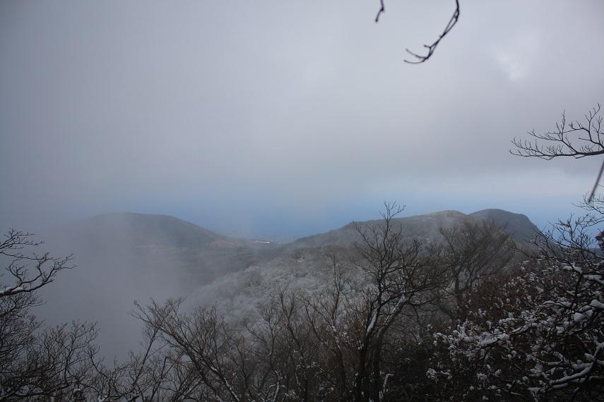 雪化粧に覆われた天城山万次郎岳・万三郎岳
