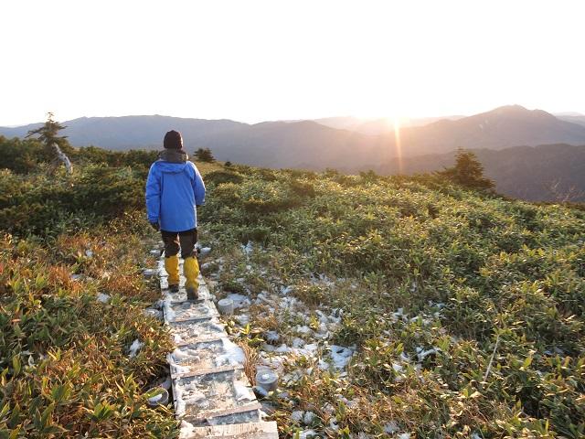 平ヶ岳の登山道から尾瀬方面景色