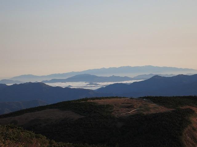 越後三山池ノ岳姫ノ池景色