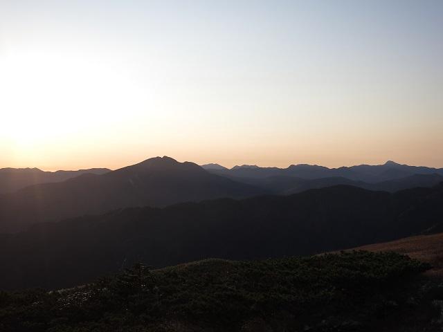 尾瀬の山々谷川岳武尊山方面