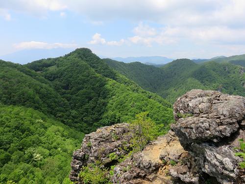 曲岳よりも黒富士の山頂の方が景色が好き