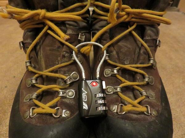 登山靴の盗難対策