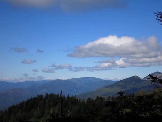 尾瀬の至仏山方面