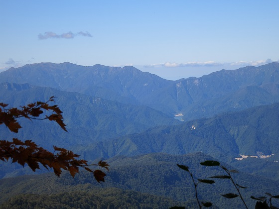 谷川岳や朝日岳方面