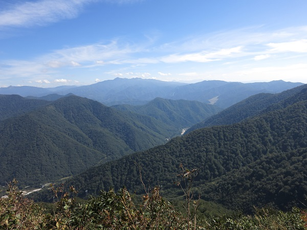 西黒尾根から武尊山の景色