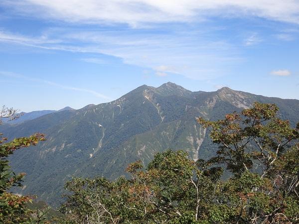 朝日岳と笠ヶ岳に白毛門