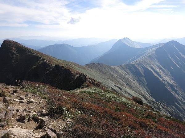 谷川岳主脈縦走路の大展望