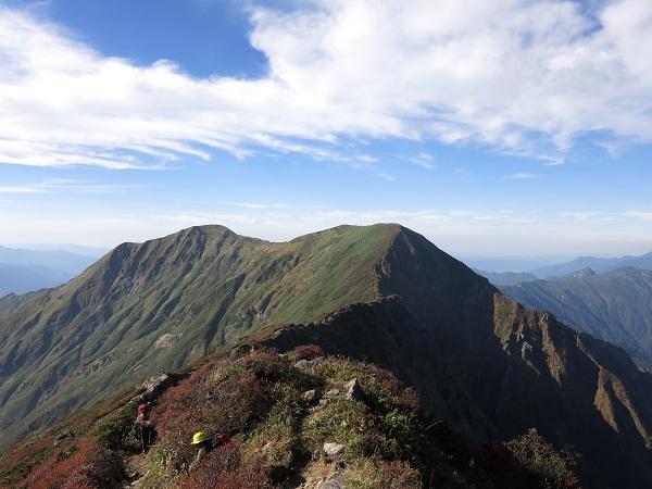 一ノ倉岳と茂倉岳最高の稜線歩き