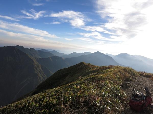 茂倉岳の山頂からの景色
