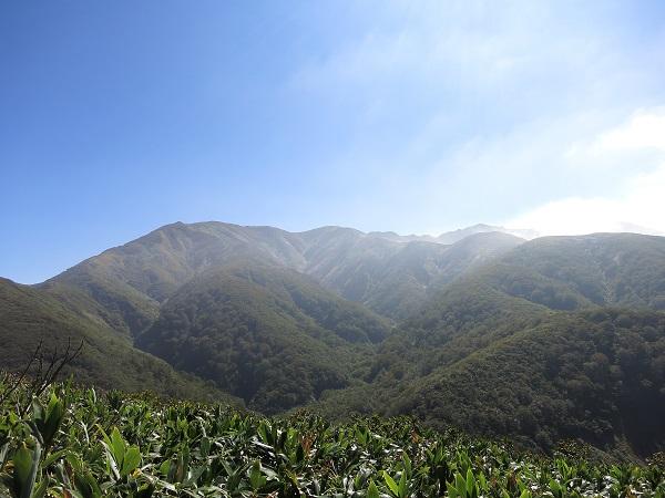 朝日岳遠望
