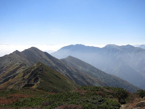 笠ヶ岳と白毛門方面