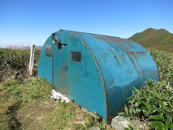 笠ヶ岳避難小屋