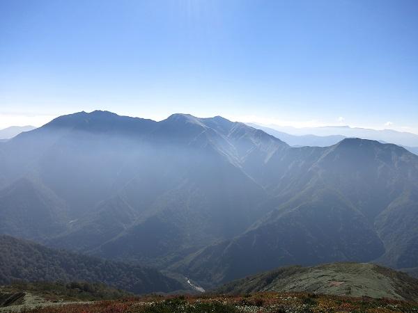 谷川岳のトマノ耳・オキノ耳景色