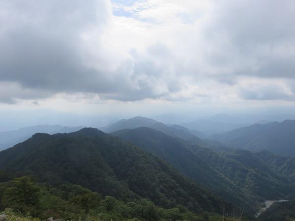 鍋割山から西のお山