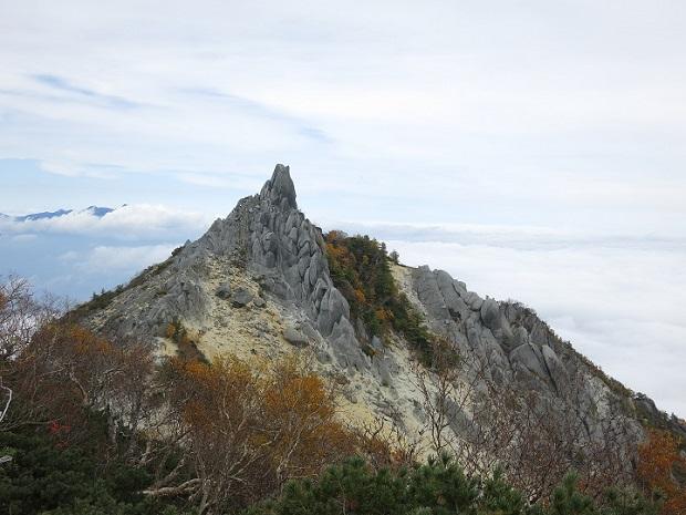 南アルプス鳳凰三山からの景色