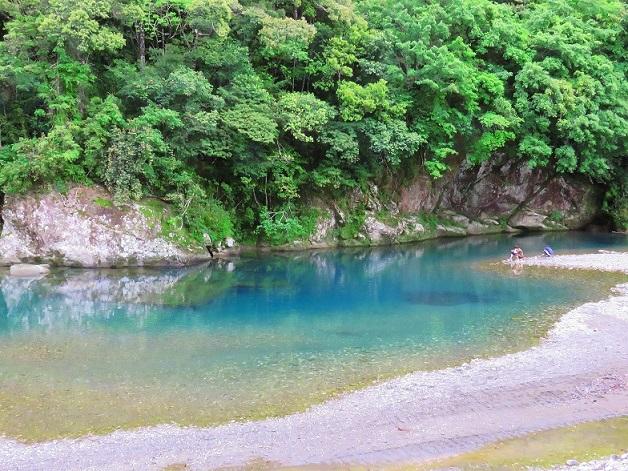川湯温泉お湯の色